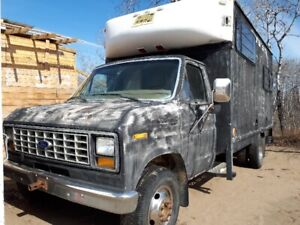 1986 ford e-350 diesel insulated cubevan handiunit