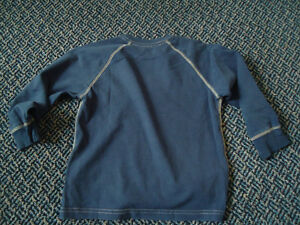 Boys Size 5 Solid Navy Old Navy Long Sleeve T-Shirt Kingston Kingston Area image 2
