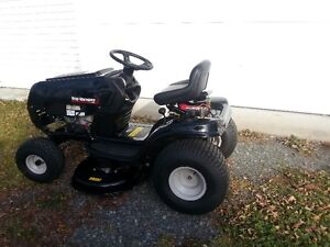 Yard Machines 14.5 HP Lawn Tractor for Sale 2016 Cornwall Ontario image 2