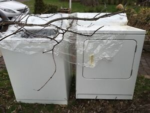 Matching kennmore washer dryer white laveuse secheuse