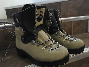 Mint Condition La Sportiva Mountaineering Boots