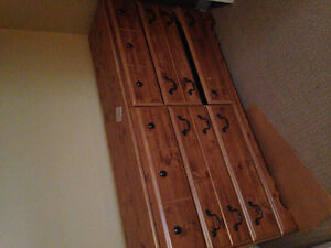 6 drawer dresser - first come, first serve London Ontario image 1