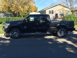2013 Ford F-350 Platinum Pickup Truck