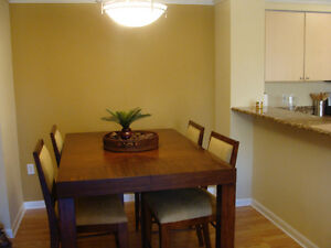 2 bed/2 bath condo in Naples, 10 mins from beach Canada image 8
