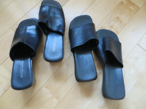 2 pair of black sandals size 8
