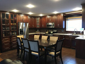 Roommate Wanted in Beautiful NW Regina Home