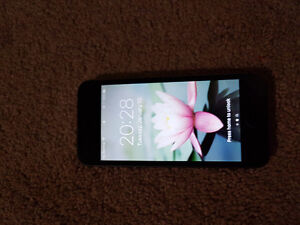 Iphone 5s 16 GB selling cheap