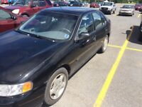 2000 Altima (112,000kms) only 2 owners AMUST SEE!!!!