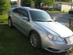 2012 Chrysler 200 Car
