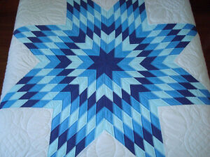 !!!!! LARGE VINTAGE HAND MADE QUILT !!!!! REDUCED PRICE !!!!!