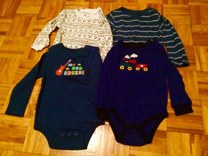 4 long sleeve boys onesies sizes 18-24 months. Pu in Dieppe.