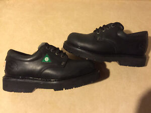 Women's Road Mate Pillow Stock Steel Toe Work Shoes Size 5 EE