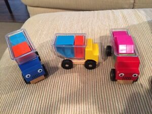 Smart Games Trucky - Trucks and Blocks Puzzle
