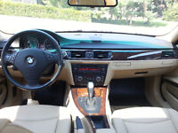 BMW 328xi - AWD - Like New!