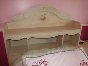 CHAMBLY - Mobilier de chambre pour fille - CHAMBLY