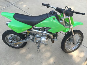 Dirt Bike - Like new - 110cc - Auto