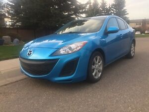 67km 2011 Mazda 3 Nokian all weather