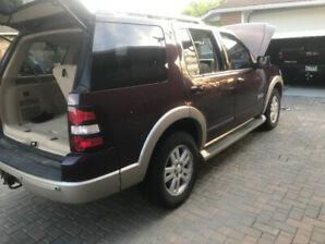 2007 FORD Explorer MINT CONDITION