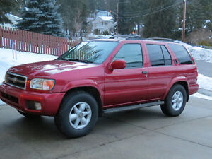 2000 Nissan Pathfinder LE  ABSOLUTELY MINT.