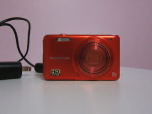 Olympus VG-160 14MP 3'' Screen 5x Digital Camera