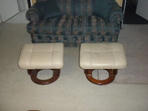 Tabouret repose pied / foot rest stool