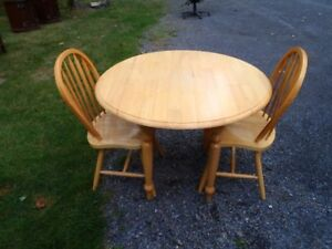 Drop Leaf Table/ Two Cchairs