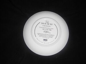 Eyes of the Wild - Bradex Plates - Excellent Condition Kingston Kingston Area image 3