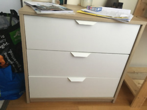 Chest of drawers and bedside table set