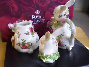 Royal Albert Old Country Roses Fine Bone China Creamer and Sugar Kitchener / Waterloo Kitchener Area image 4