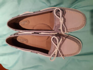 Sperry Top Siders memory foam women's shoes. BRAND NEW.  Size 9