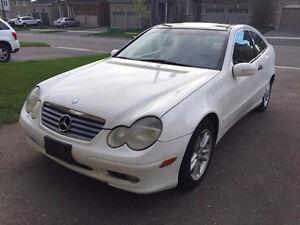 2002 Mercedes-Benz C-Class Sport Coupe (2 door)