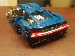 Lego, Bugotti Chiron, 2 Manuals + Orig. Packaging