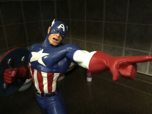 TWO CAPTAIN AMERICA STATUES BOWEN &; HARD HERO