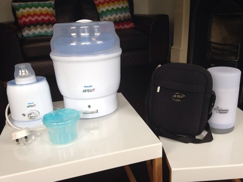 Avent steriliserfeeding setin Four Winds, BelfastGumtree - Avent 6 bottle electric steriliser, avent electric bottle warmer (both come with instructions), with milk powder dispenser & thermabag for keeping bottles hot or cold when out and about. Also a tommee tippee travel bottle/food warmer. All in great...