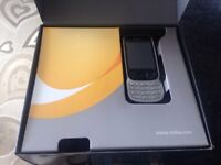 Nokia 6303 Classic in good condition BOXED