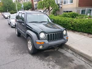 Jeep liberty 2002  3.7l 4x4 1250$