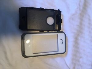 iPhone 4 with two otter box cases life proof