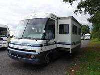 WINNEBAGO Adventurer Motorhome RV / 1998 / only 20k Electric Slideout Lounge