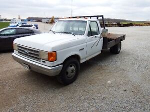 1991 Ford F-350 Custom Reg Cab and Chassis