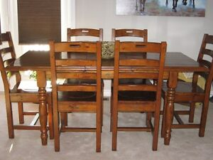 MOVING. Oak harvest table and six chairs