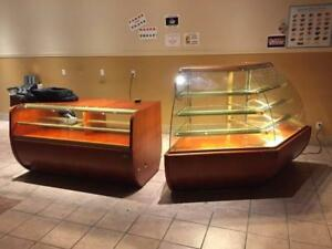 IGLOO PASTRY DISPLAY UNITS ( MINT CONDITION )