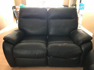 2-Seater Black Bonded Leather Reclining Loveseat