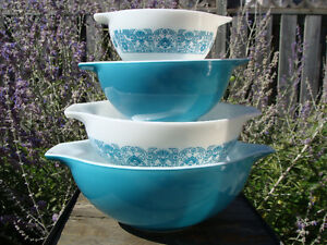 Vintage PYREX FIRE-KING FEDERAL BOWLS - GREAT CONDITION! London Ontario image 2