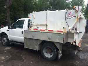 2002 Ford 450 with Wayne Pup Garbage Packer