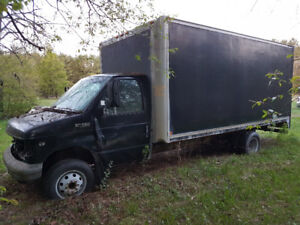 Ford E-450 Cube Van for parts