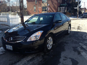 2012 Nissan Altima 3.5 L - Amazing Condition!