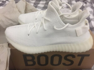 Yeezy 350 v2 cream white size 10, available if AD still up