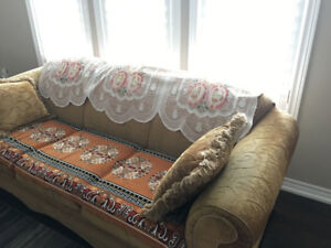 MOVING SALE: 2 HIGH QUALITY SOFAS FOR SALE FOR ONLY $200! URGENT
