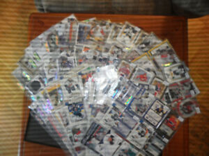 HUGE LOT OF HOCKEY  AUTOGRAPHED/ ROOKIE AND JERSEY CARDS