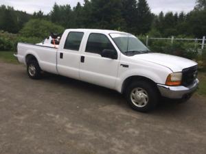 Ford f250 7.3L turbo diesel king cab boite 8 pied